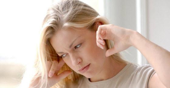 zujanje u uhu