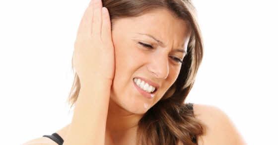 Začepljeno uho od cerumena kako očistiti