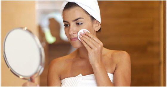 Micelarna voda za čišćenje lica – kako se koristi