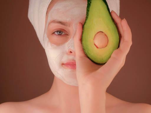 najbolje prirodne maske za lice sa avokadom